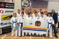 5 medali dla limanowskich karateków