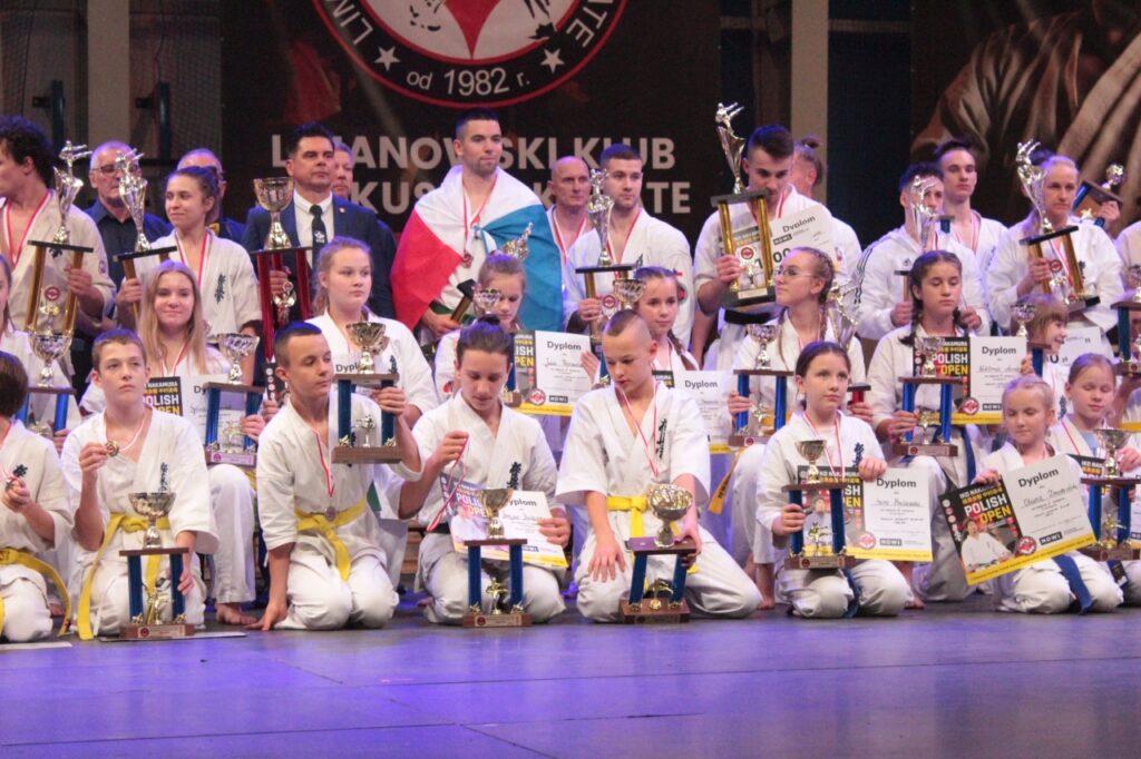 Zdjęcie z I Otwartego Pucharu Polski Karate Kyokushin w Limanowej