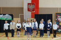 Zdjęcie z uroczystości Dnia Edukacji Narodowej w ZSP nr 4 w Limanowej